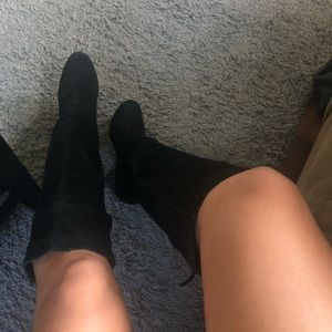 black suede knee high boots size 8